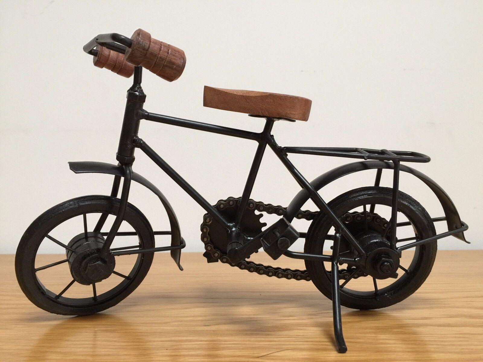 Miniatura METALLO IN METALLO Miniatura in legno classico modello di biciclette artigianali Indiano 185a4e