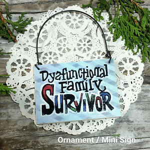 DYSFUNCTIONAL-Mini-SIGN-Family-Fun-DecoWords-Relatives-Wood-Ornament-Size-USA