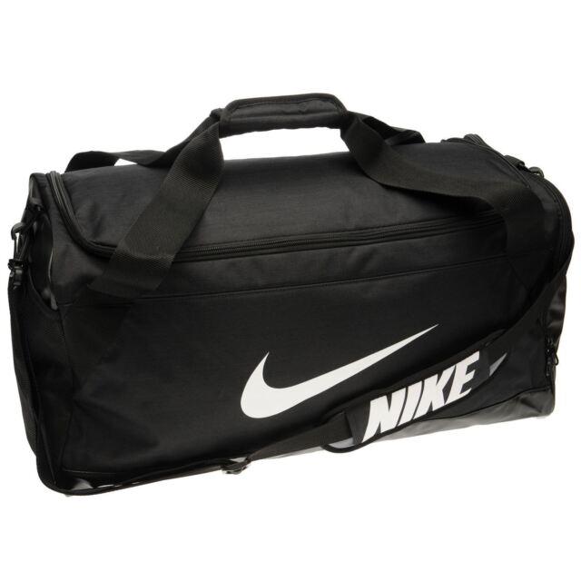 Medium Nike Duffle Bag, Sports, Sports & Games Equipment on