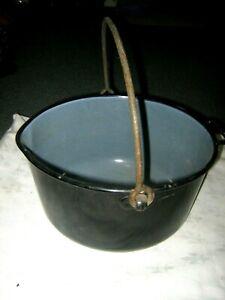 An-Old-Large-Vintage-Black-amp-Grey-Baked-Enamel-Bail-Handle-Camping-Boiler-Pot