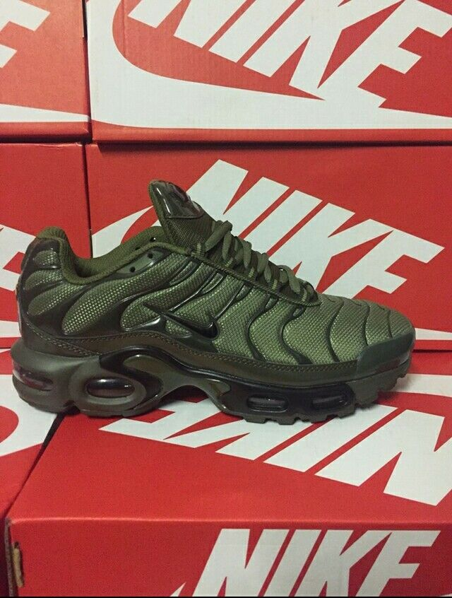 Khaki Green TNs Nike Air Max Plus TNs Green Größe 10 eu 44 BNIB NEW BOXED FAST SHIPPING 2dfef5