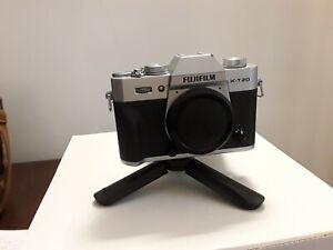 Fujifilm X-T20 Fotocamera digitale mirrorless 24 mpx (solo corpo) + accessori