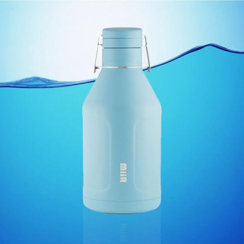 MIIR 64 OZ INSULATED GROWLER WATER BOTTLE  blueE + FREE SHIP    for wholesale