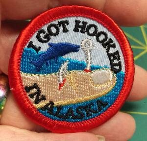 NEW-Fun-Alaska-Merit-Badge-Patch-I-GOT-HOOKED-IN-ALASKA-embroidered-Iron-On