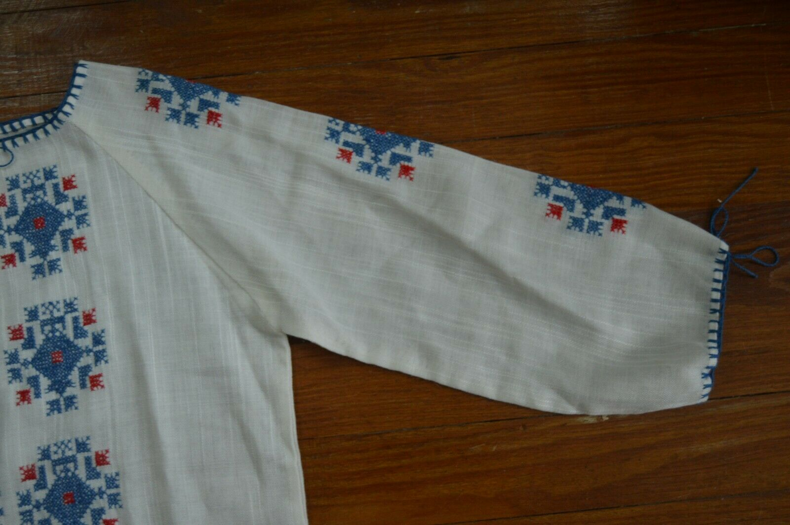 Vintage 1930's Hungarian Cotton Embroidered Blouse - image 7