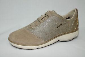 Scarpe Sneakers Geox D Nebula G camoscio e tessuto beige con glitter