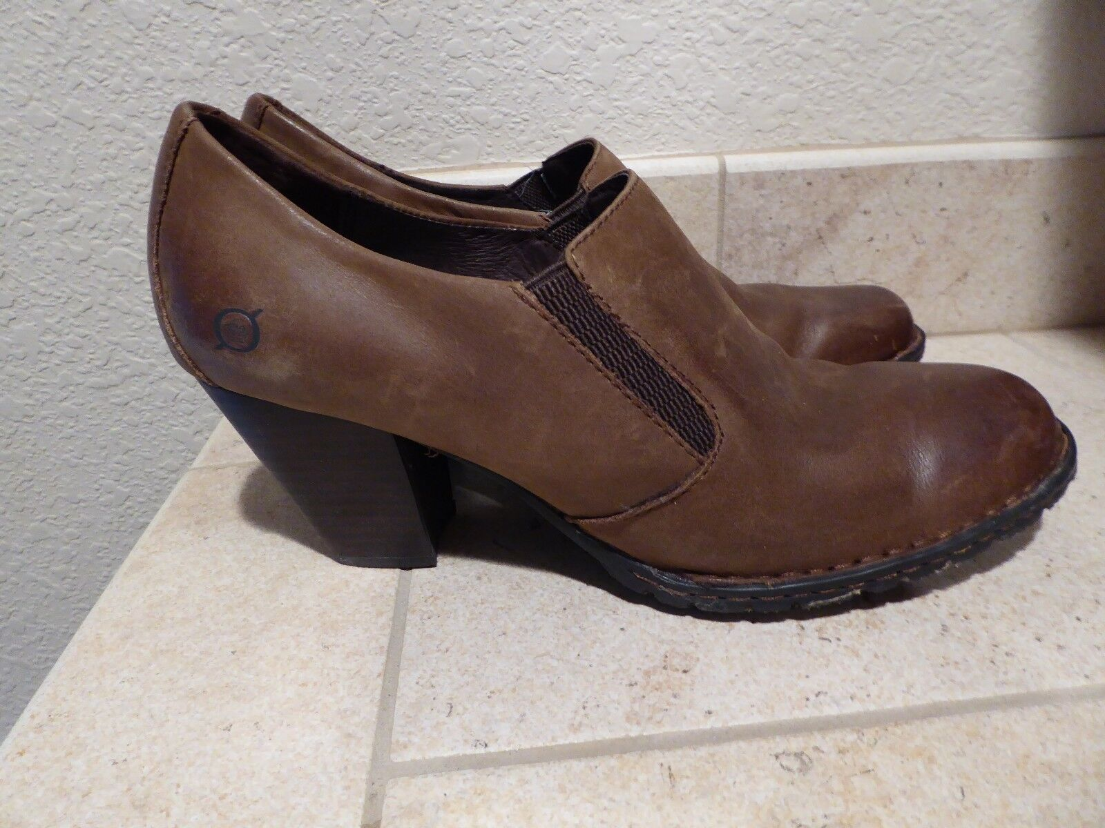 NEW Born B.O.C. Concept Women's Katy Brown Leather Short boots Slip Ons  9.5M