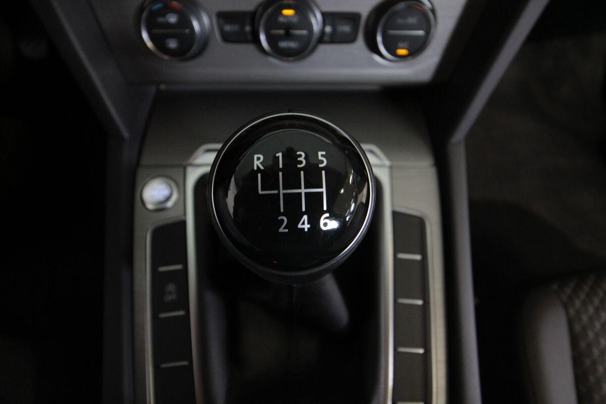 VW Passat 1,6 TDi 120 Trendl. Variant