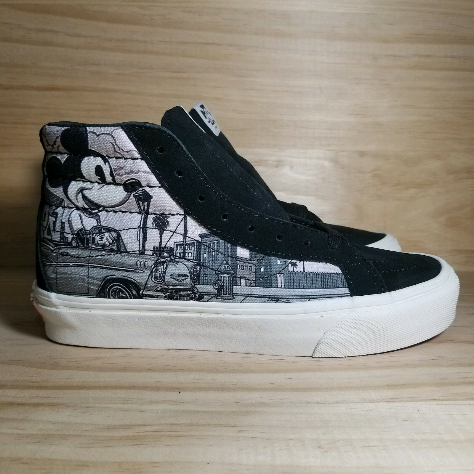 Vans Sk8-Hi Disney Mr Cartoon Mickey Mouse 90th Anniversary Limited Size 5 NEW