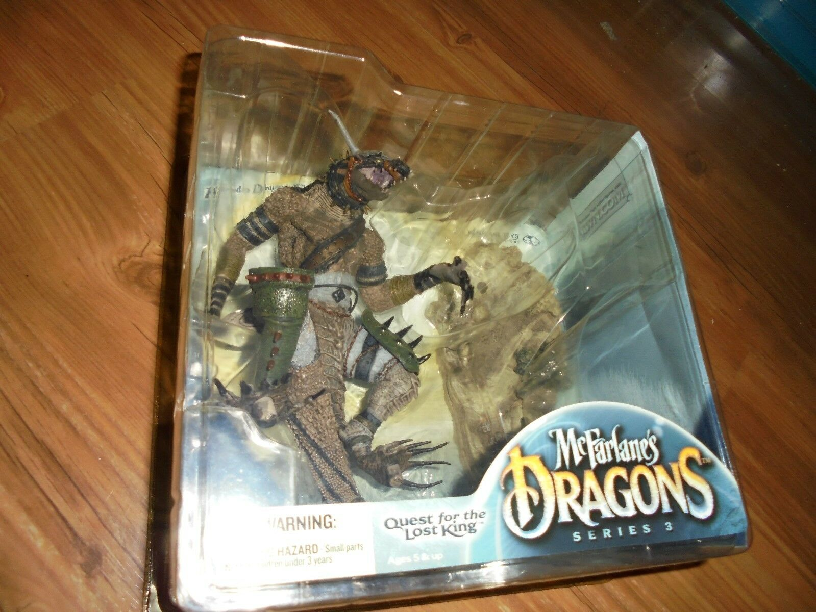McFarlane's Dragons  Quest For The Lost King  Series 3  KOMODO DRAGON CLAN  2006