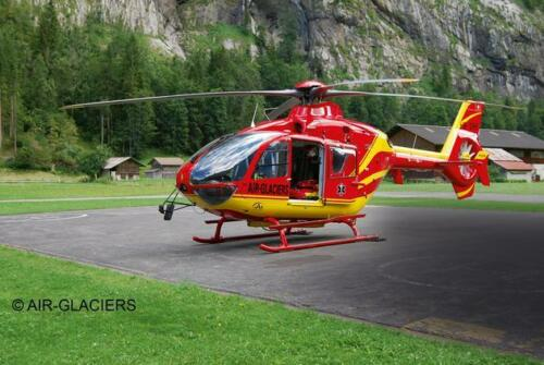 Airbus Helicopters EC135 AIR-GLACIERS, Revell Hubschrauber Bausatz 1:72, 04986