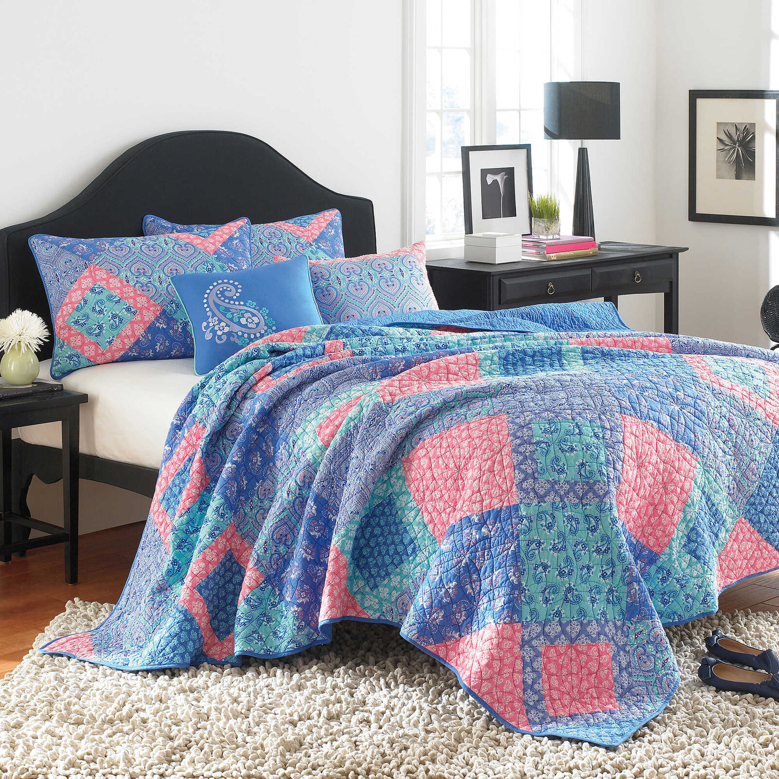 New Set of 2 STEVE MADDEN Riley Standard Set of Pillow Shams Paisley Patchwork