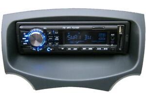 USB  MP3 RDS Autoradio Radio Ford KA RU8 ab 2009 Set 4 x 50 Watt