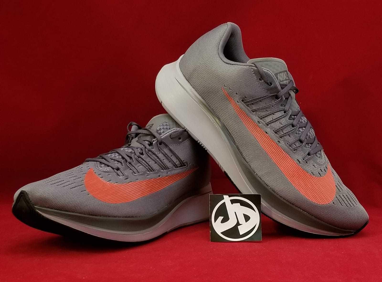 Clásico Nike Air Zoom Vomero 12 Neutral Zapatos para correr
