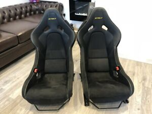 McLaren-675LT-Seats-Embossed-Yellow-034-675LT-034-Carbon-Fibre-Backed-NEW-Genuine