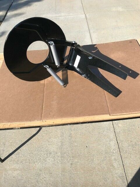 Medium BLACK Powder Coated Trolling plate with a hole, LOWEST PRICE