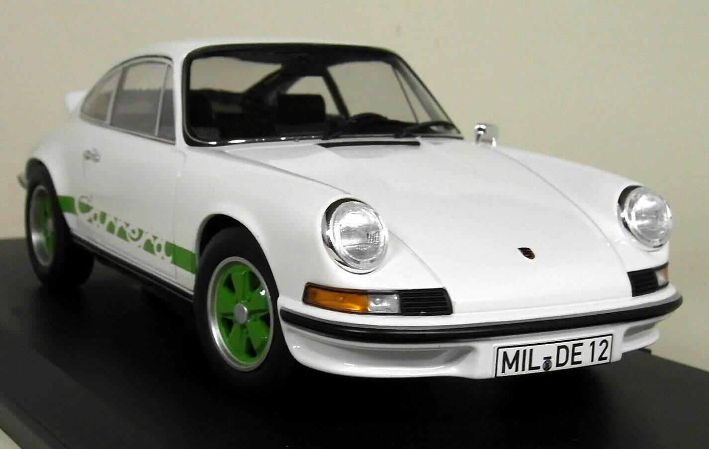 Norev 1 18 Scale - Porsche 911 RS Touring 1973 White   Green diecast Model Car