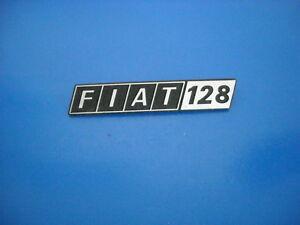 Fiat-128-Targhetta-Scritta-Badge-in-Metallo-NUOVA-ORIGINALE
