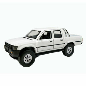 1-32-Toyota-Hilux-Pickup-Truck-Model-Car-Alloy-Diecast-Gift-Toy-Vehicle-White