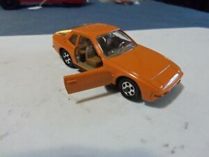 Vintage Mebetoys Mattel 1/43 Porsche 924. como Nuevo.