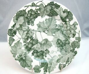 Quadrifoglio-QUD5-Green-Grapes-Salad-Plate-s-7-5-8-034-EXCELLENT