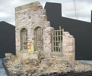 Dioramas-Plus-1-35-034-Stone-Ruins-034-Ruined-Building-Front-Corner-Section-WWII-DP6