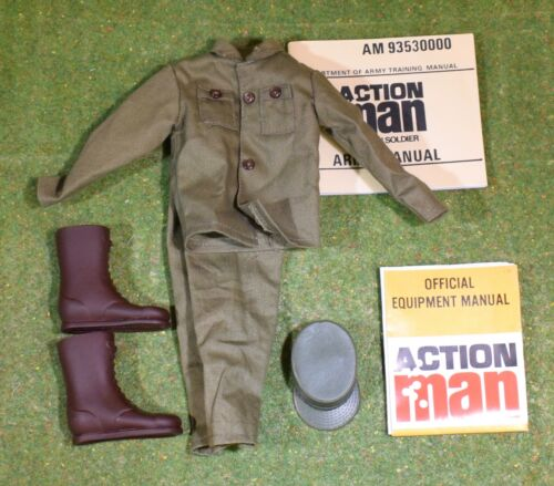 ACTION SOLDIER AMERICAN FATIGES JACKET TROUSERS CAP /& BROWN BOOTS /& LEAFLETS