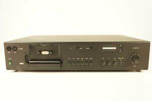 Braun-c301-estilosa-fabricada-pletina-de-casete-cassette-Deck-estoyseguro-Design