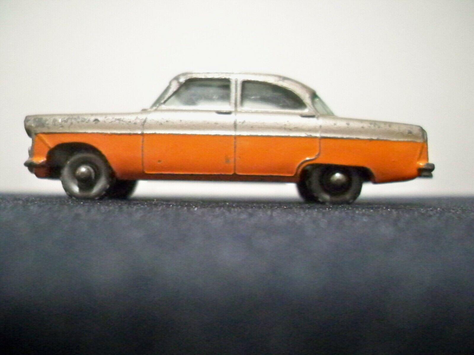 LESNEY MATCHBOX  FORD ZODIAC    33  ANGLETERRE  1957  MAUVE (marron) Couleur Orange métallisé  vente en ligne