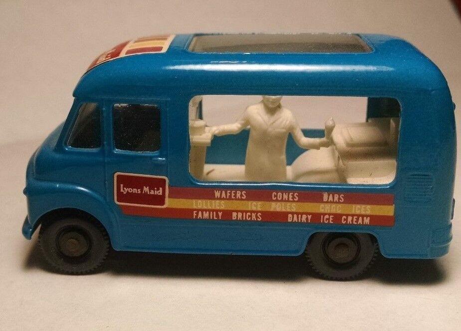 Matchbox Regular Wheel 47B bluee Commer Ice Cream Canteen BPW 1963