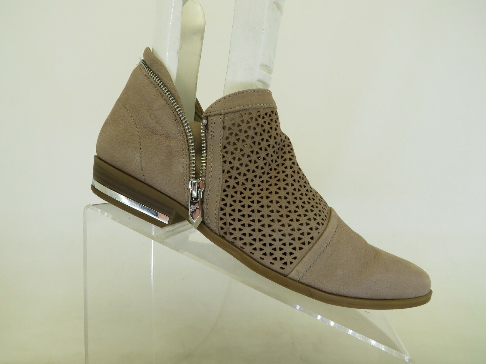 Fergie Brown Leather Zip Perforated Ankle Fashion Boots Bootie Size 10 M