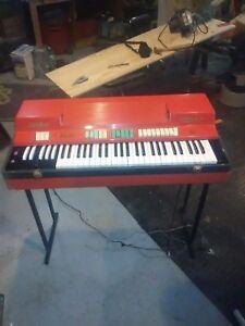 Vintage-60s-Farfisa-combo-compact-organ-project