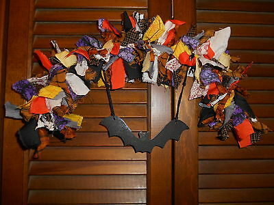 HALLOWEEN RAG GARLAND ARCH Bat metal ornament,Prim,Homespun,Country,Shabby