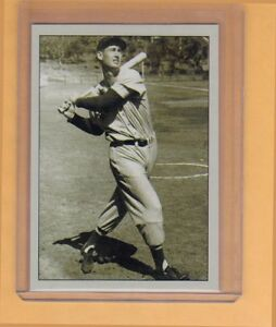 Ted-Williams-Boston-Red-Sox-signature-photo-card-Plutograph-serial-numbered-200