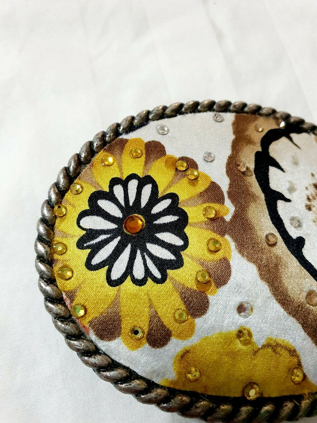 Floral Rhinestone Embellished Oval Belt Buckle White Yellow