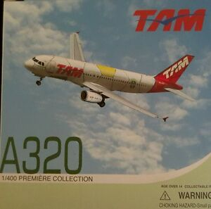 Dragon-Wings-TAM-Airbus-A320-Diecast-World-Cup-2010-Brand-New-in-boxes