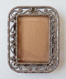 AgréAble Petit Cadre Pour Peinture Miniature Ou Photo En Métal Argenté Ancien