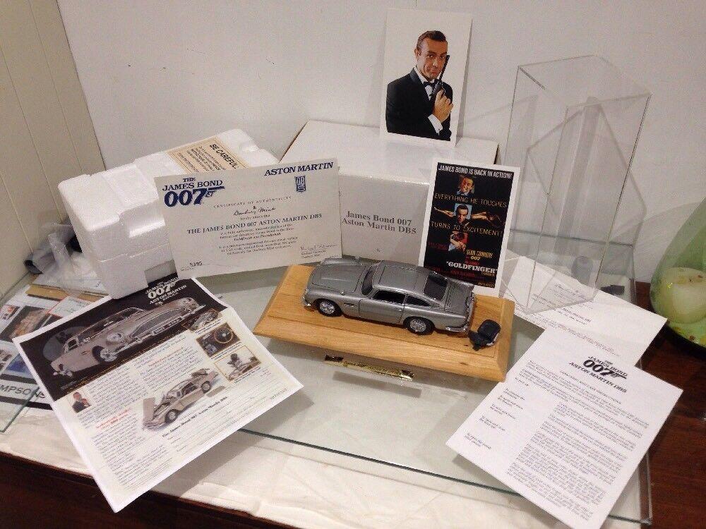Danbury Mint James Bond Aston Martin DB5 goldfinger Spy Car 1 24 MIB