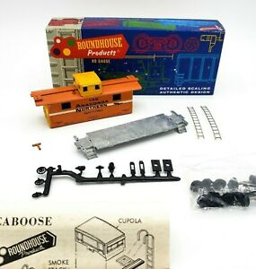 HO-Scale-Train-Anaconda-Northern-Round-House-132-CABOOSE-Unassembled-Kit-NIB