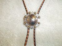 Bolo Tie Cowboy Western Chunky Concho Engraved Gold Berry 1-/2 Tan Black