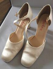 71d60dd849e17d Rainbow Club Britt Dyeable Shoe in Ivory Size 4.5 UK