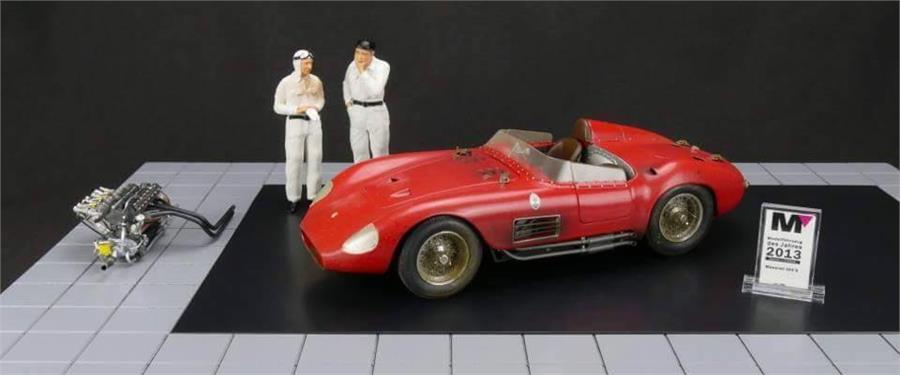 1958 Maserati 300S Conjunto Completo Modelo Fundido Coche por Cmc en 1 18 Escala