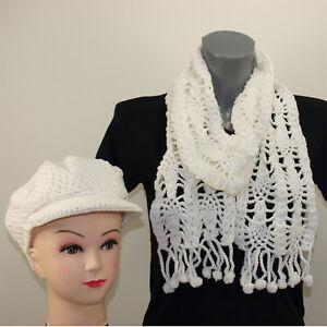 Luxus Damen Schal Strickschal mit Bommel Schirmmütze Mütze weiß 161