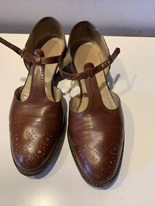 VINTAGE SALVATORE FERRAGAMO T-STRAP BROWN LEATHER SHOES SIZE  8 1/2 B ITALY