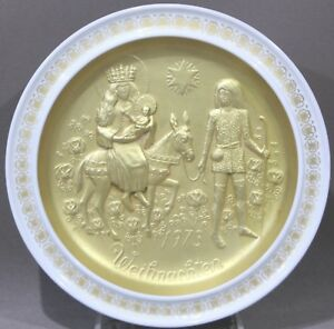 Hutschenreuther-Weihnachtsteller-1973-vergoldet-Heilige-Familie-Ole-Winther