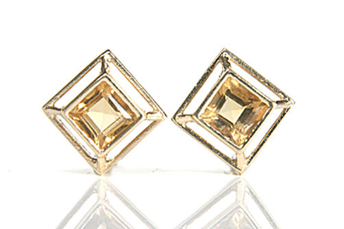 9ct gold Citrine Stud earrings Made in UK Gift Boxed Studs