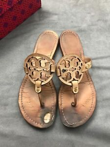 06944bdf54dde6 TORY BURCH Miller Royal Tan Beige Leather Thong Sandal Women s Sz 10 ...