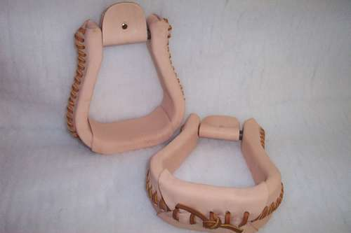 RIDERS CHOICE BELL OXBOW STIRRUPS MADE HERE IN ALABAMA FREE SHIPPING IN THE USA