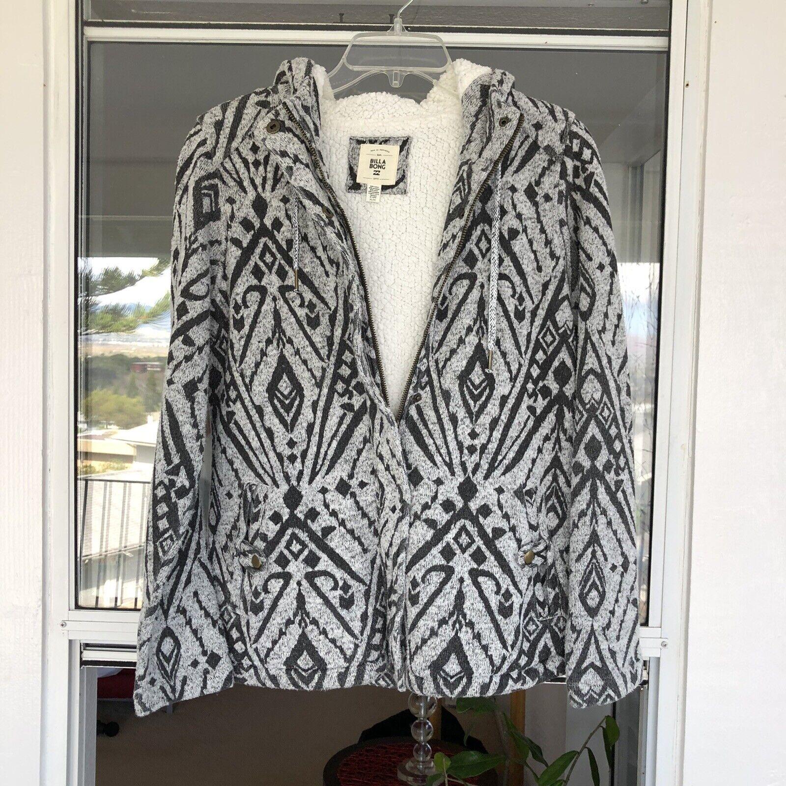 Billabong Jackets Animal Print Zipper/Button Closure Fleece Lined Women's Medium