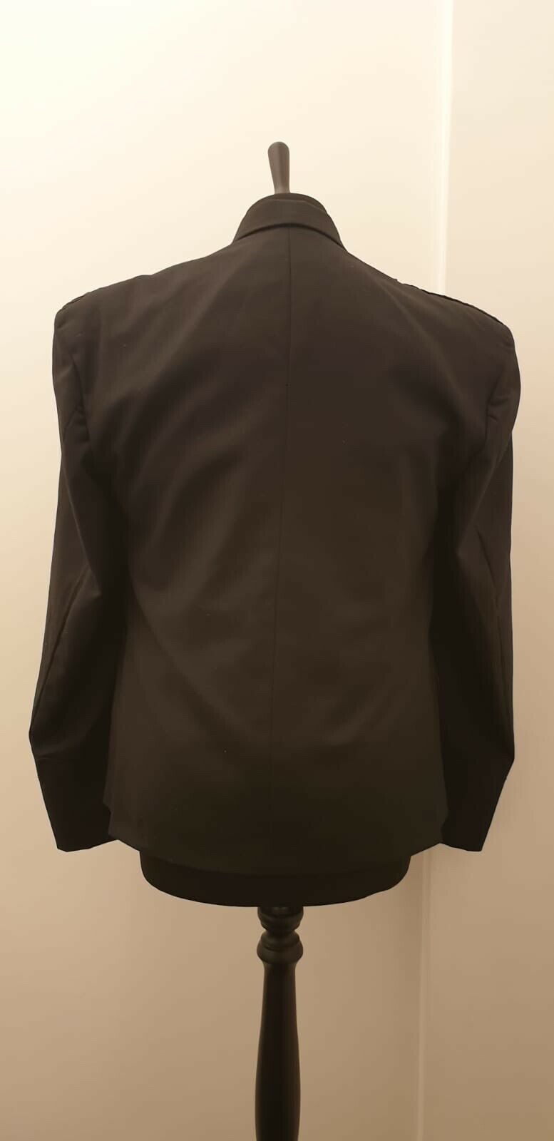 gents Argyle UK46 jacket and Waistcoat Black Available .Also Available In Bulk